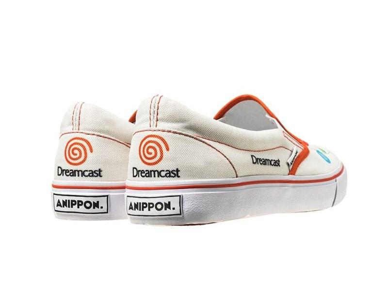 Le scarpe dedicate alle retro console prodotte da Anippon
