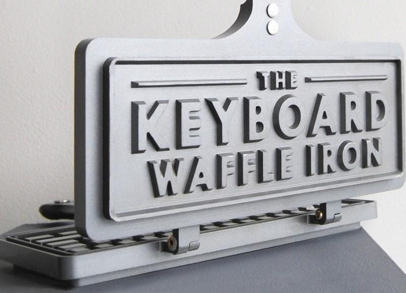 La piastra da waffle a forma di tastiera