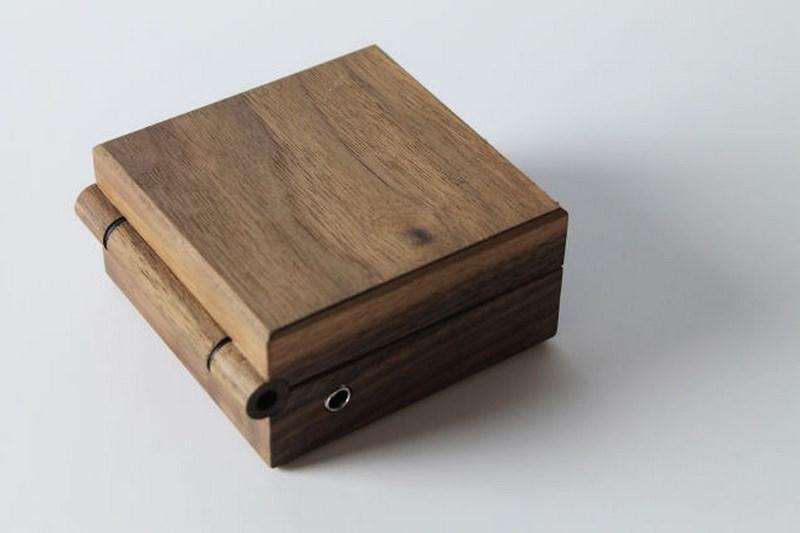 Love Hulten e le retroconsole in legno