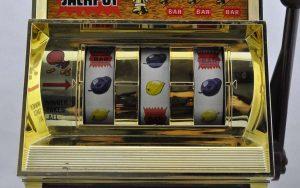 slot-machine-da-giocattolo-anni-80-gioco